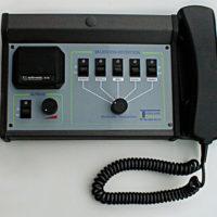 Prototipo de terminal de comunicaciones de mediados de 1980.